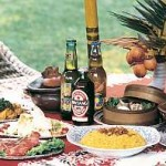 くせになる人気のエスニック料理。世界のビールも20種